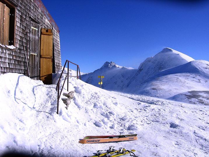 Foto: Andreas Koller / Ski Tour / Hagener Hütte und Greilkopf (2581m) / Hagener Hütte mit Greilkopf / 03.01.2008 17:53:44