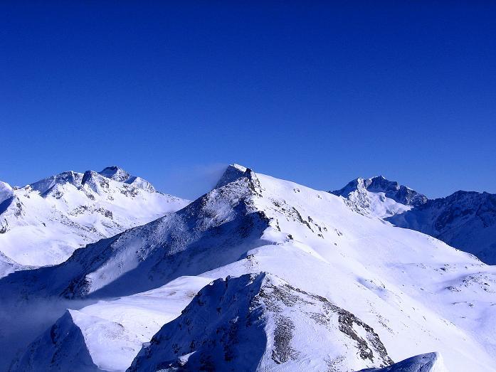 Foto: Andreas Koller / Ski Tour / Hagener Hütte und Greilkopf (2581m) / Blick vom Greilkopf auf den Ankogel (3252 m) und die Hochalmspitze (3360 m) / 03.01.2008 17:51:41