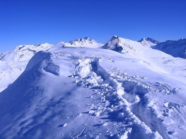 Foto: Andreas Koller / Ski Tour / Hagener Hütte und Greilkopf (2581m) / Einsame Spur am Greilkopf / 03.01.2008 17:50:22