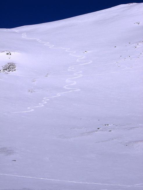 Foto: Andreas Koller / Ski Tour / Hagener Hütte und Greilkopf (2581m) / Einsame Spur in der Greilkopf S-Flanke / 03.01.2008 17:48:58