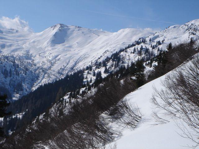 Foto: Manfred Karl / Ski Tour / Über den Frauenkogel zur Badgasteiner Hütte / Aufstieg zum Frauenkogel. Im Hintergrund Throneck und Finsterkopf / 10.01.2008 21:44:28
