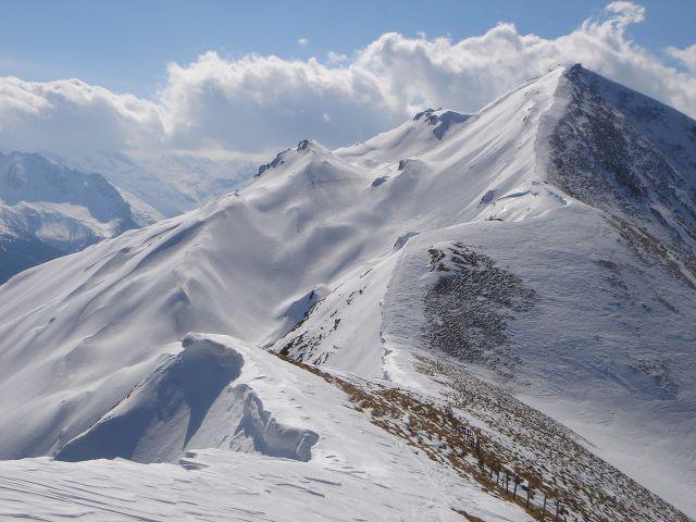 Foto: Manfred Karl / Ski Tour / Über den Frauenkogel zur Badgasteiner Hütte / Gamskarkogel, links ein Teil der Südostabfahrt / 10.01.2008 21:33:35