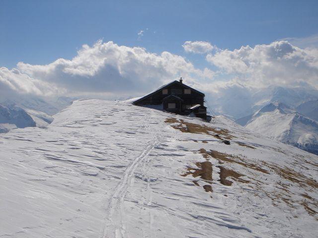 Foto: Manfred Karl / Ski Tour / Über den Frauenkogel zur Badgasteiner Hütte / Gamskarkogel mit Badgasteiner Hütte / 10.01.2008 21:29:50