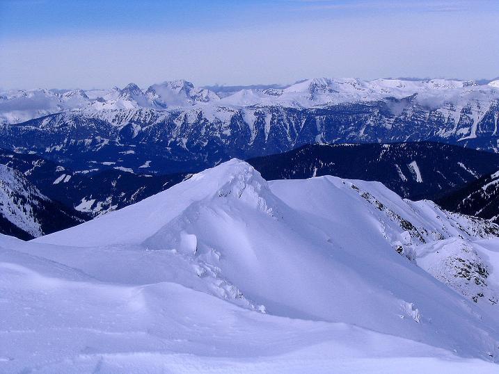 Foto: Andreas Koller / Ski Tour / Zwei Gipfel aus dem Gullinggraben (2196 m) / Blick vom Hochschwung-Vorgipfel zum Verbindungsgrat zum Sommereck / 21.01.2008 15:42:58