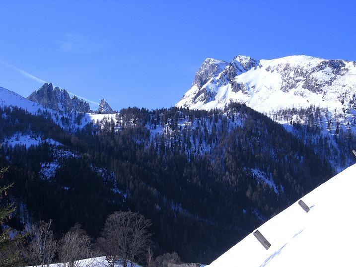 Foto: Andreas Koller / Skitour / Schliererspitze  (2402m) / Das Weißeck (2711 m) grüßt im S  / 29.01.2008 01:48:26