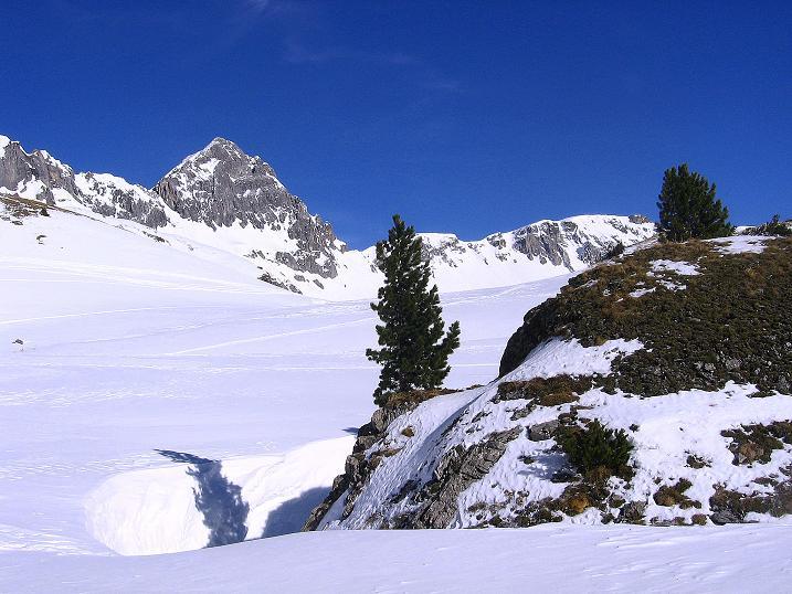 Foto: Andreas Koller / Skitour / Schliererspitze  (2402m) / Anstieg ins Urbankar in traumhafter Landschaft / 29.01.2008 01:44:04