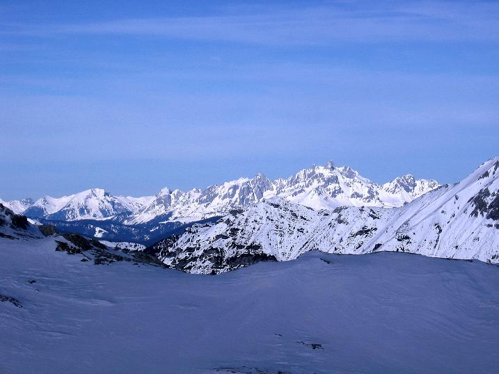 Foto: Andreas Koller / Skitour / Schliererspitze  (2402m) / Der Blick nach N auf die Bischofsmütze (2459 m) / 29.01.2008 01:40:31