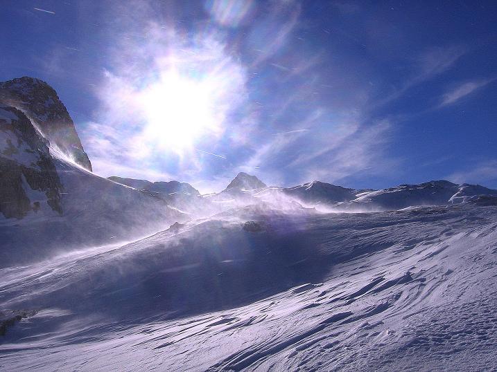 Foto: Andreas Koller / Skitour / Schliererspitze  (2402m) / Sturm im Gasthofkar mit Mosermandl (2680 m) / 29.01.2008 01:40:05
