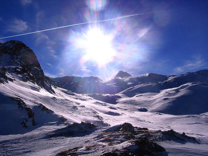 Foto: Andreas Koller / Skitour / Schliererspitze  (2402m) / Das weite Gasthofkar mit Mosermandl (2680 m) / 29.01.2008 01:38:34