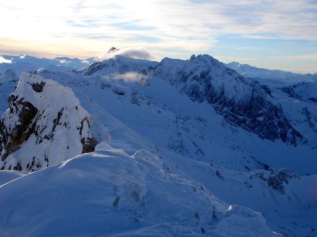 Foto: Manfred Karl / Ski Tour / Kleiner Pleißlingkeil aus dem Flachautal / Blick nach Westen: Mosermandl, Faulkogel, Permuthwand / 31.01.2008 17:42:50