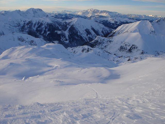 Foto: Manfred Karl / Ski Tour / Kleiner Pleißlingkeil aus dem Flachautal / Blick über die weitläufigen Hänge und Mulden, über die die Aufstiegsroute führt. / 31.01.2008 17:38:46