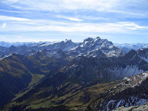Foto: vince 51 / Wander Tour / Vom Lünersee auf den Saulakopf / Blick zu Sulzfluh, Drusentürmen und Drusenfluh / 31.01.2008 22:36:18