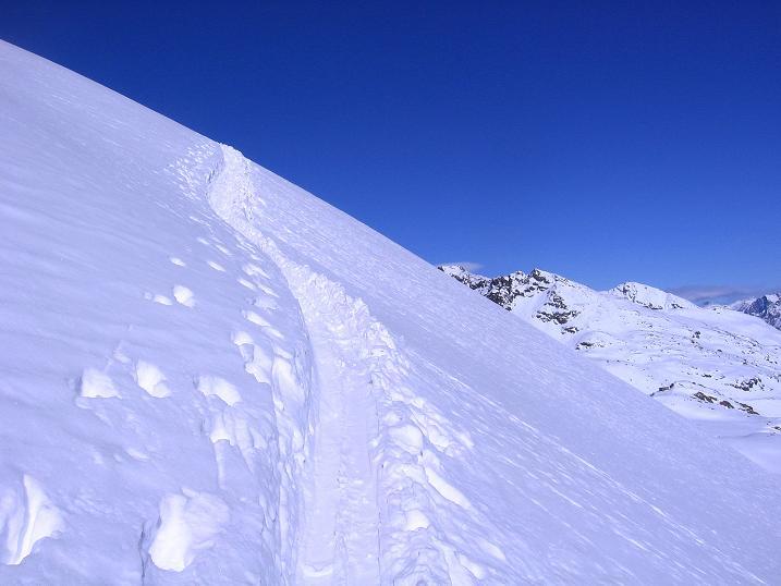 Foto: Andreas Koller / Ski Tour / Kurze Tour auf die Nasse Wand (3046m) / Steiler Anstieg von der Gletscherstraße weg / 16.02.2008 14:12:26