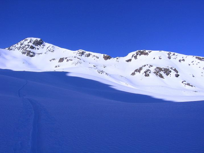 Foto: Andreas Koller / Ski Tour / Kurze Tour auf die Nasse Wand (3046m) / Die Nasse Wand liegt vor uns / 16.02.2008 14:11:03