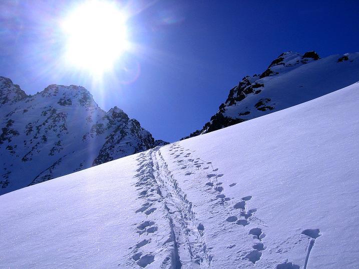 Foto: Andreas Koller / Ski Tour / Kurze Tour auf die Nasse Wand (3046m) / Knapp unterhalb des Weißseejochs / 16.02.2008 14:08:26