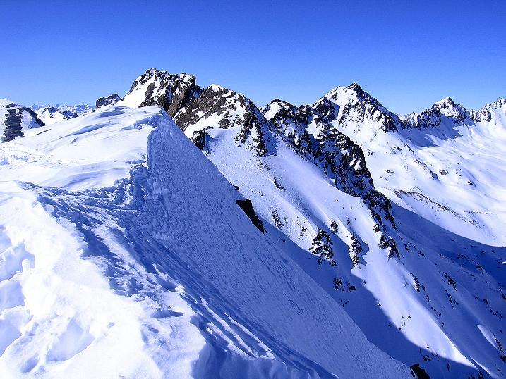 Foto: Andreas Koller / Ski Tour / Kurze Tour auf die Nasse Wand (3046m) / Der Grat der Nassen Wand / 16.02.2008 14:00:23
