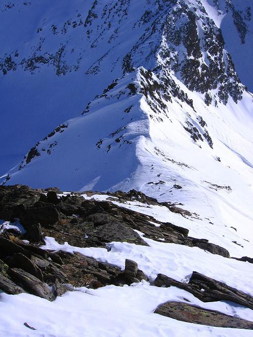 Foto: Andreas Koller / Ski Tour / Kurze Tour auf die Nasse Wand (3046m) / Blick vom Grat in das Weißseejoch / 16.02.2008 13:59:50