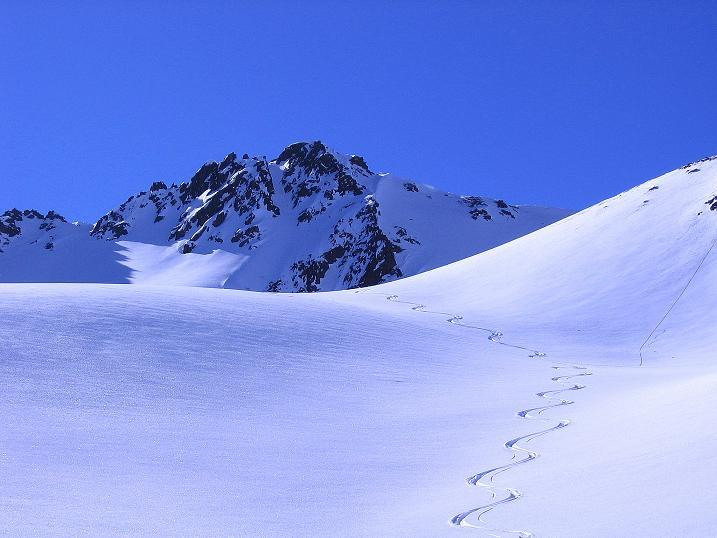 Foto: Andreas Koller / Ski Tour / Kurze Tour auf die Nasse Wand (3046m) / Abfahrtsimpressionen / 16.02.2008 13:59:03
