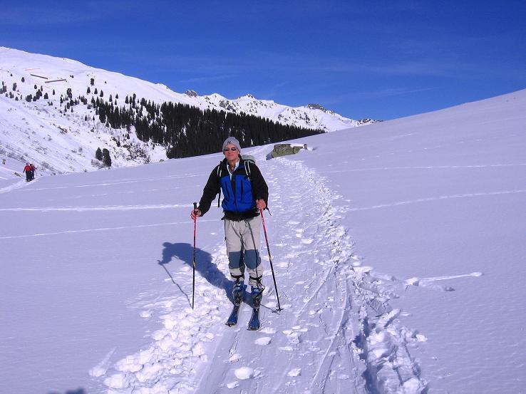 Foto: Andreas Koller / Ski Tour / Pulverschnee am Valzifenzer Grat (2515 m) / Kurz oberhalb von Gargellen / 17.02.2008 01:05:54