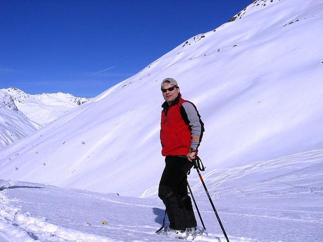 Foto: Andreas Koller / Ski Tour / Pulverschnee am Valzifenzer Grat (2515 m) / Im Valzifenzer Tal / 17.02.2008 01:04:10