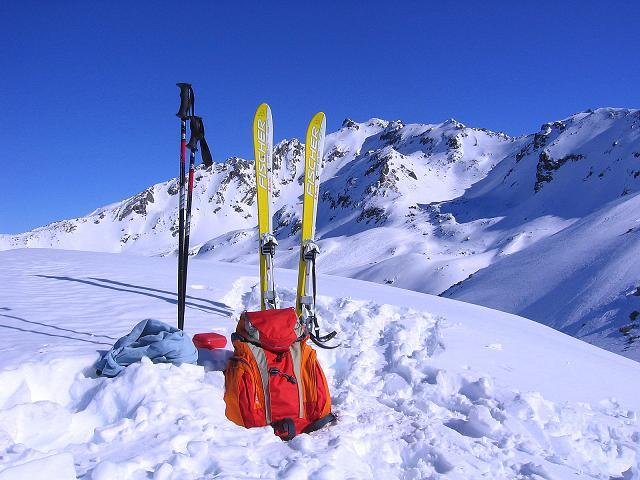Foto: Andreas Koller / Ski Tour / Pulverschnee am Valzifenzer Grat (2515 m) / Blick vom Paschianikopf zum Rotbühel (2853 m) / 17.02.2008 00:58:14