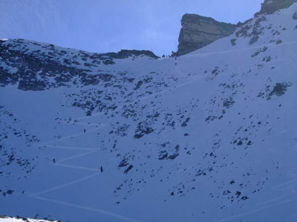 Foto: Bernhard Berger / Ski Tour / Von Innervals auf das Sumpfschartl / Die letzten sehr steilen Meter... / 17.02.2008 20:34:09