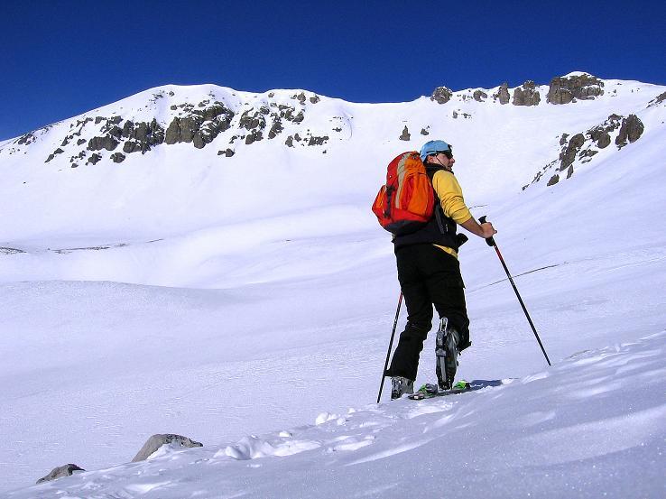 Foto: Andreas Koller / Ski Tour / Piz Vallatscha - unbekannte Tour im Engadin (3021 m) / Querung vom Valbella in die Mulde / 18.02.2008 01:45:47