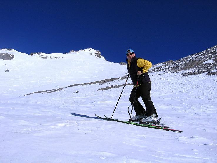Foto: Andreas Koller / Ski Tour / Piz Vallatscha - unbekannte Tour im Engadin (3021 m) / Im kleinen Becken unterhalb des Vorgipfels / 18.02.2008 01:44:46