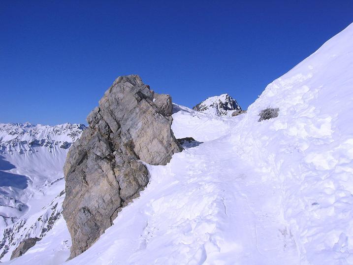 Foto: Andreas Koller / Ski Tour / Piz Vallatscha - unbekannte Tour im Engadin (3021 m) / Die letzten Meter zum Skidepot / 18.02.2008 01:42:32