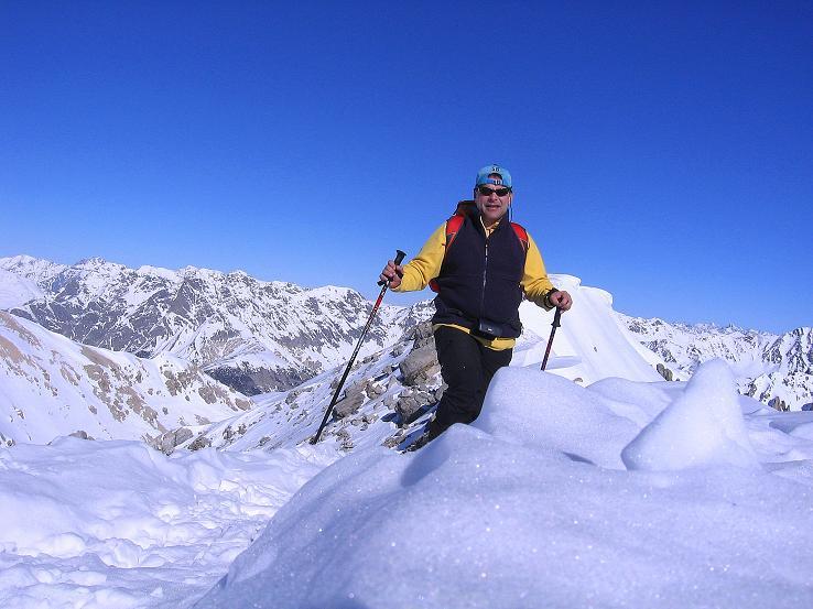 Foto: Andreas Koller / Ski Tour / Piz Vallatscha - unbekannte Tour im Engadin (3021 m) / Am Gipfelgrat / 18.02.2008 01:40:58