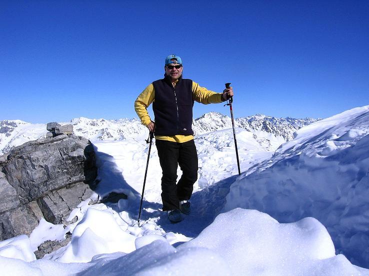 Foto: Andreas Koller / Ski Tour / Piz Vallatscha - unbekannte Tour im Engadin (3021 m) / Am Gipfel des Piz Vallatscha / 18.02.2008 01:38:06
