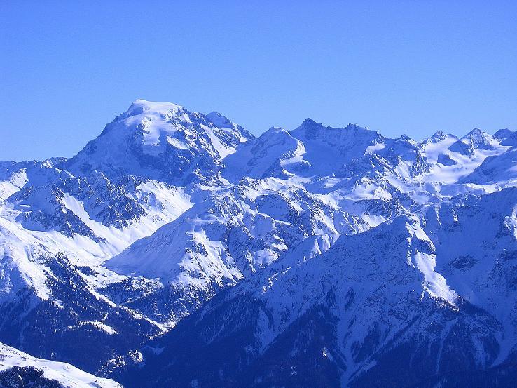 Foto: Andreas Koller / Ski Tour / Piz Vallatscha - unbekannte Tour im Engadin (3021 m) / Blick nach O zum Ortler (3905 m) / 18.02.2008 01:35:14