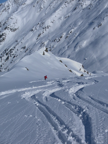 Foto: Wolfgang Lauschensky / Ski Tour / Pallspitze / Nordostabfahrt nur bei sicheren Bedingungen! / 11.03.2012 13:40:42