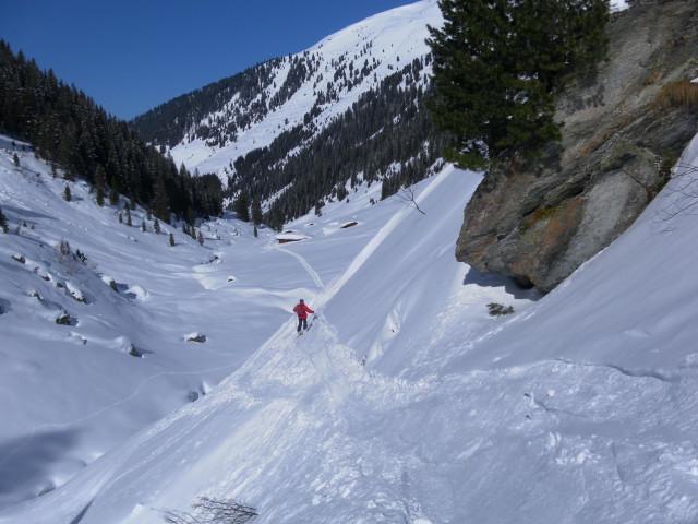 Foto: Wolfgang Lauschensky / Ski Tour / Pallspitze / Ausfahrt zur Frommalm / 11.03.2012 13:40:13