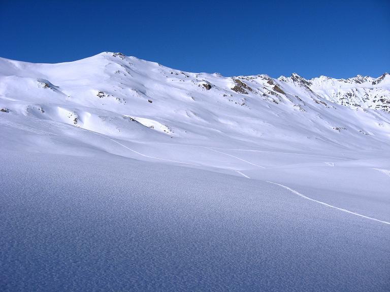 Foto: Andreas Koller / Ski Tour / Gipfelrunde im Fimbertal (3009 m) / Die weiten Hänge unterhalb des Piz da Val Gronda / 19.02.2008 23:49:27