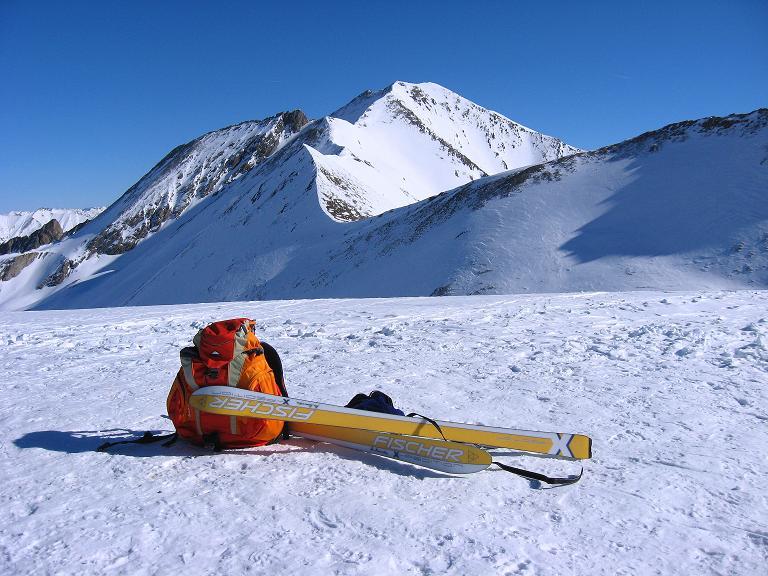 Foto: Andreas Koller / Ski Tour / Gipfelrunde im Fimbertal (3009 m) / Gipfelkuppe des Piz da Val Gronda mit Vesilspitze (3097 m)  im Hintergrund / 19.02.2008 23:48:10