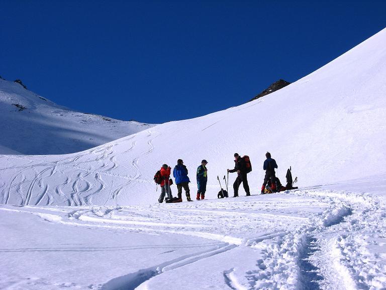 Foto: Andreas Koller / Ski Tour / Gipfelrunde im Fimbertal (3009 m) / Rast unterhalb des Larainferner Jochs / 19.02.2008 23:42:06