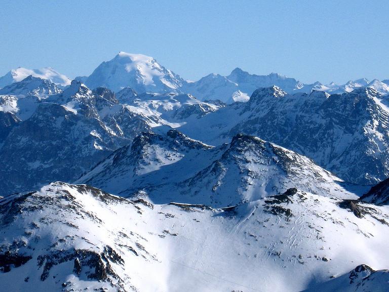 Foto: Andreas Koller / Ski Tour / Gipfelrunde im Fimbertal (3009 m) / Ganz nahe scheint bei klarer Sicht der Ortler (3905 m) / 19.02.2008 23:35:09