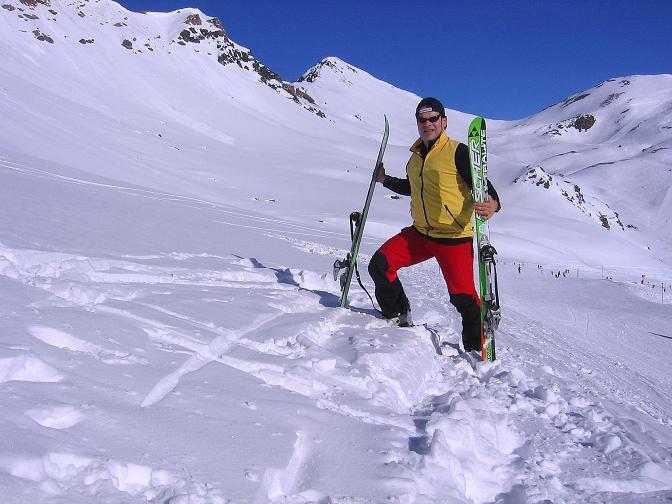 Foto: Andreas Koller / Ski Tour / Piz Minschun - Aussichtsloge hoch über dem Engadin (3068 m) / Vorbereitungen zum Anstieg auf den Piz Minschun / 21.02.2008 20:10:05