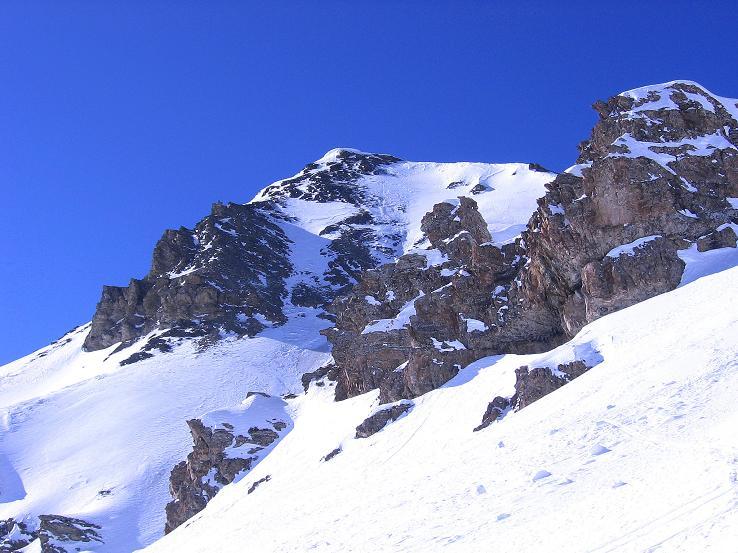 Foto: Andreas Koller / Ski Tour / Piz Minschun - Aussichtsloge hoch über dem Engadin (3068 m) / Der Piz Minschun aus dem Kar / 21.02.2008 20:06:58