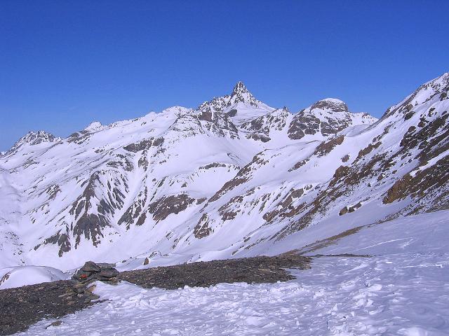 Foto: Andreas Koller / Ski Tour / Piz Minschun - Aussichtsloge hoch über dem Engadin (3068 m) / Das Fluchthorn (3399 m) / 21.02.2008 20:04:27