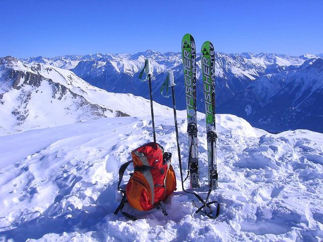 Foto: Andreas Koller / Ski Tour / Piz Minschun - Aussichtsloge hoch über dem Engadin (3068 m) / Am Sattel mit Blick nach N0 / 21.02.2008 20:03:32