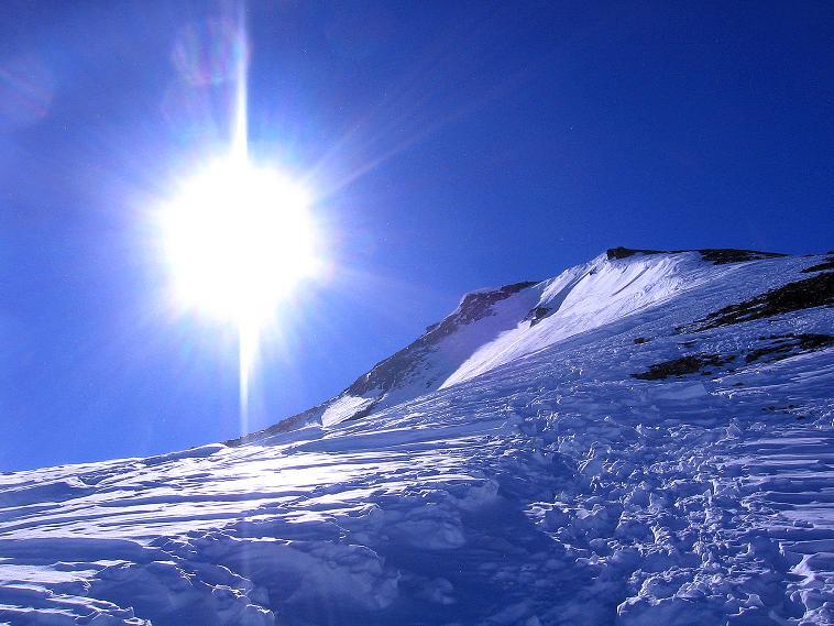 Foto: Andreas Koller / Ski Tour / Piz Minschun - Aussichtsloge hoch über dem Engadin (3068 m) / Der Sonne entgegen auf den Piz Minschun / 21.02.2008 20:01:47