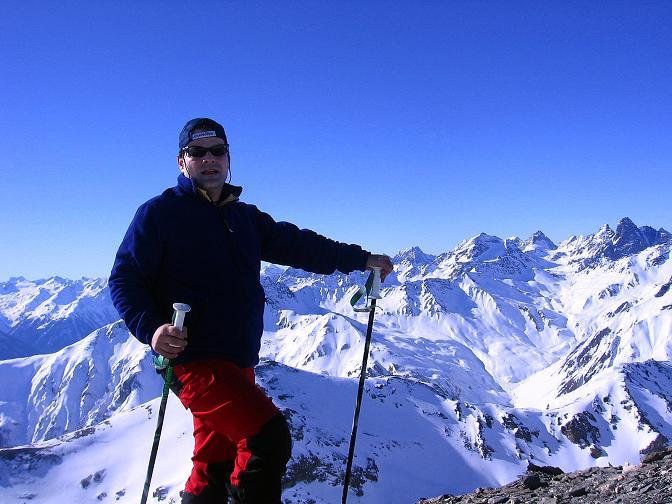 Foto: Andreas Koller / Ski Tour / Piz Minschun - Aussichtsloge hoch über dem Engadin (3068 m) / Am Gipfel des Piz Minschun mit Blick nach SW / 21.02.2008 19:58:50