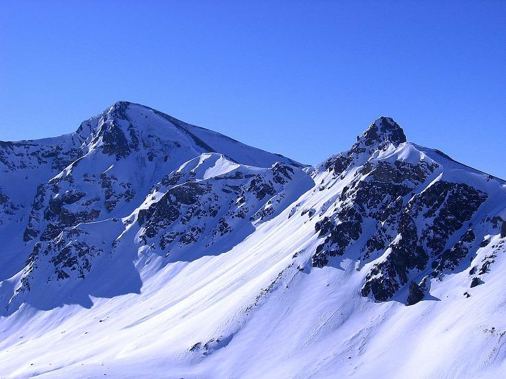Foto: Andreas Koller / Ski Tour / Piz Minschun - Aussichtsloge hoch über dem Engadin (3068 m) / Letzter Blick auf den Piz Minschun und den Piz Oscar (2951 m) / 21.02.2008 19:56:59