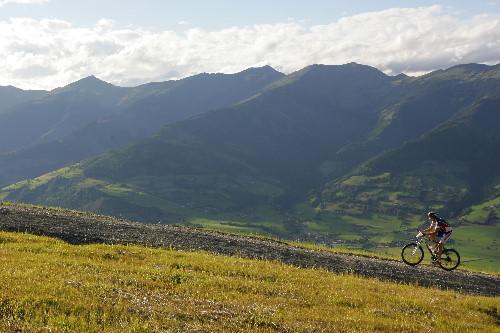 Foto: Romana Koeroesi / Mountainbike Tour / Bike Infection / Hillclimb / Hillclimb. Copyright by Erwin Haiden / 29.04.2008 12:02:41
