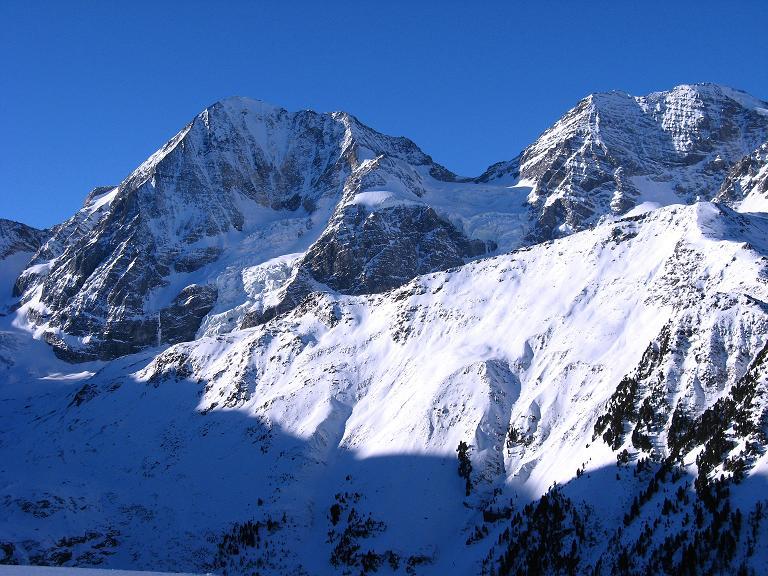 Foto: Andreas Koller / Ski Tour / Durch das Rosimtal auf die Schildspitze (3461m) / Königspitze (3859 m) und Zebru (3735 m) von der Kanzel / 22.02.2008 02:27:32
