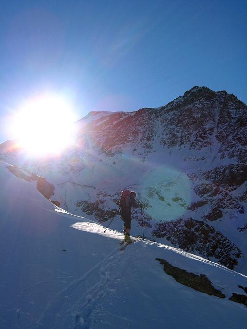 Foto: Andreas Koller / Ski Tour / Durch das Rosimtal auf die Schildspitze (3461m) / Querung von der Kanzel ins Rosimtal / 22.02.2008 02:26:07
