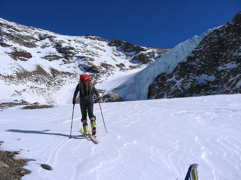 Foto: Andreas Koller / Ski Tour / Durch das Rosimtal auf die Schildspitze (3461m) / Aufstieg zum Rosimferner / 22.02.2008 02:21:12