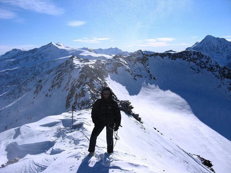 Foto: Andreas Koller / Ski Tour / Durch das Rosimtal auf die Schildspitze (3461m) / Beim Einstieg in die steile S-Flanke / 22.02.2008 02:12:55
